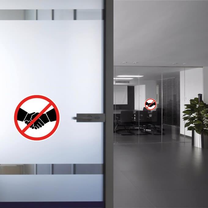 geen-handen-schudden-verboden sticker