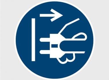 M006 gebodssticker veiligheidssticker stekker uit stopcontact halenArtboard 1-80