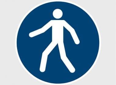 Sticker Verplicht voetpad gebruiken ISO 7010 M024 gebodsstickers veiligheidsstickersArtboard 1-80